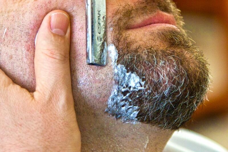 Come farsi la barba senza irritazioni